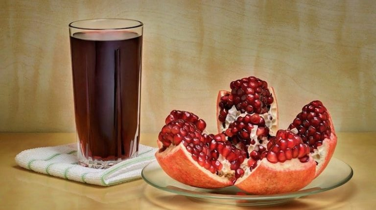 how to make pomegranate juices